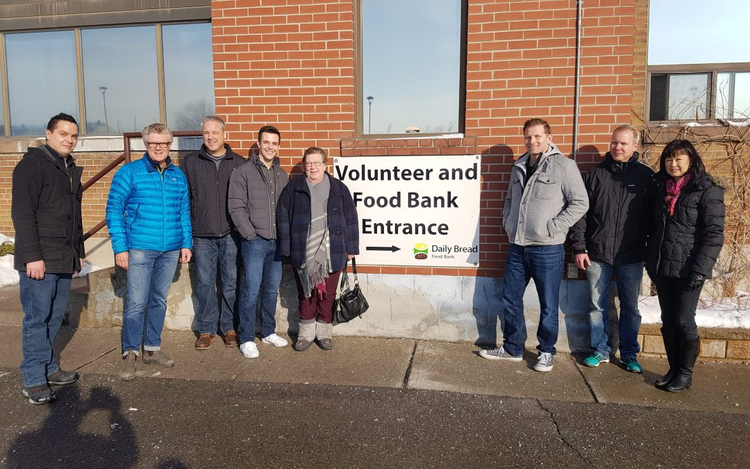 SmartPrint Employees Volunteer at Daily Bread – Helping the Fight Against Hunger